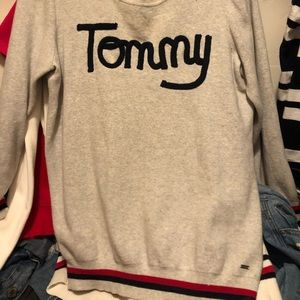 Grey tommy sweater